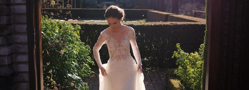 High End Wedding Photographer Needed